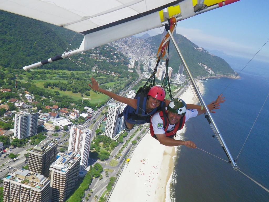 Spontaneous hang gliding in Rio de Janeiro
