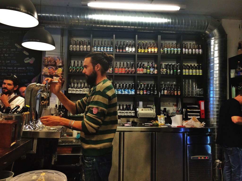 Cervezas Califa Bar