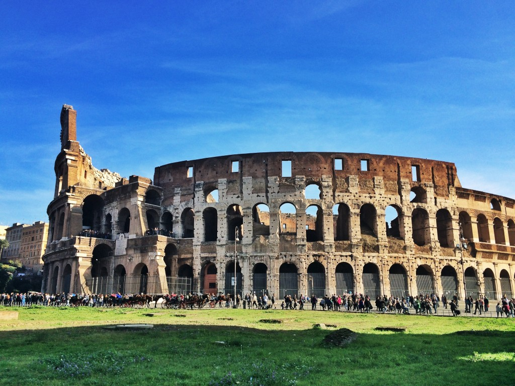 Green grass and blue skies at the Colosseum. You wouldn't even realize it's autumn in this photo!