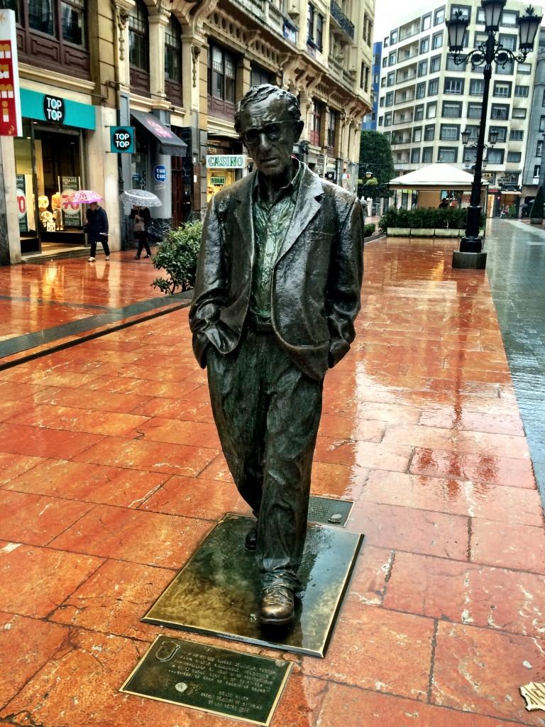 Woody Allen Statue
