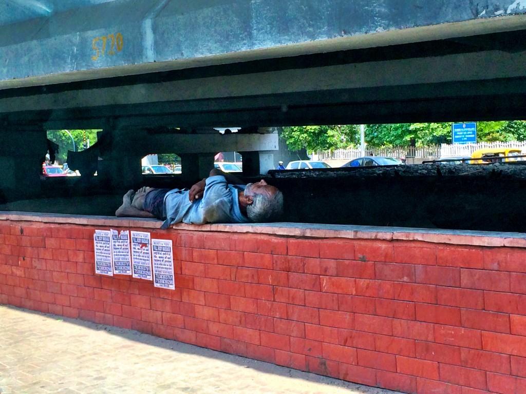 A Man and his Nap, Delhi